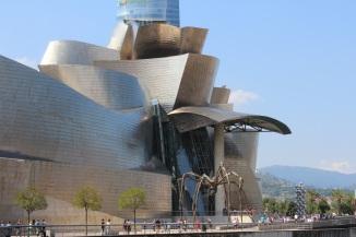 Guggenheim joelta päin